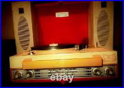 UNIQUE VINTAGE RED SANYO BRIEFCASE STEREOPHONIC RECORD PLAYER & RADIO FROM 70s