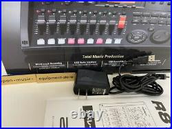Zoom R8 Multi-track Recorder free shipping fast shipping Original BOX from japan
